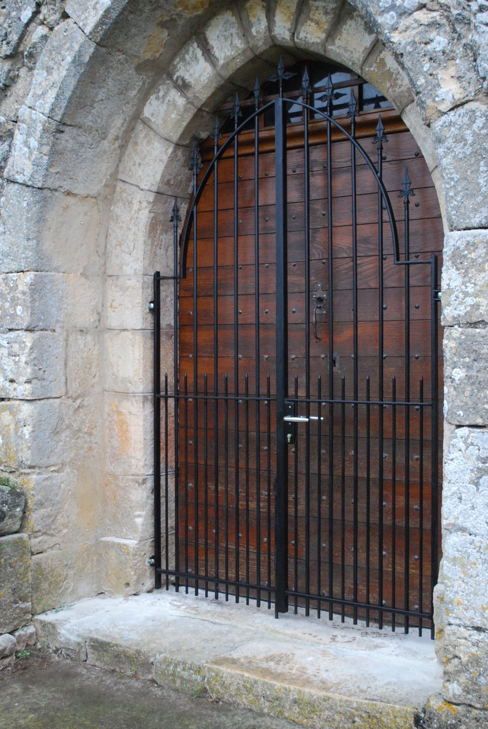 Church Grill Gates