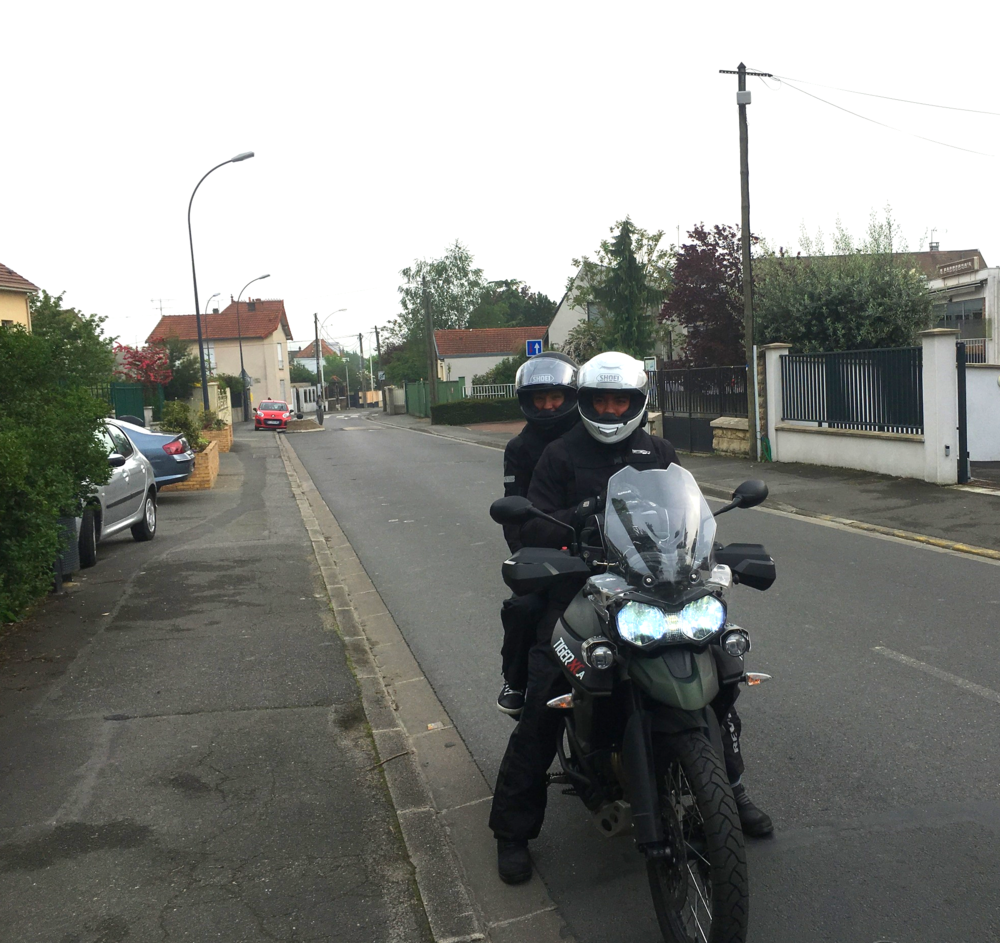 Le 13 mai 2016, c'est parti pour rejoindre Domaize (Auvergne)au départ de Fontenay-Sous- Bois (Val de Marne), soit plus de 500 km à enquiller.