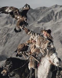 VI 17 - Nurkairath & Ergalim Altantsogts, Bayan Olgii. Mongolia, 2011- 120x100cm.jpg
