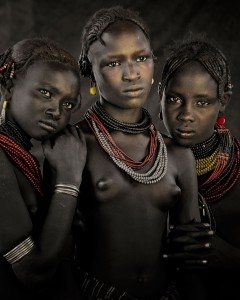 XIV 396 - Bodita, Arboshash & Nirjuda, Dassanech Tribe Omorate Village, Southern omo. Ethiopia, 2011 - 74 x 62 cm.jpg