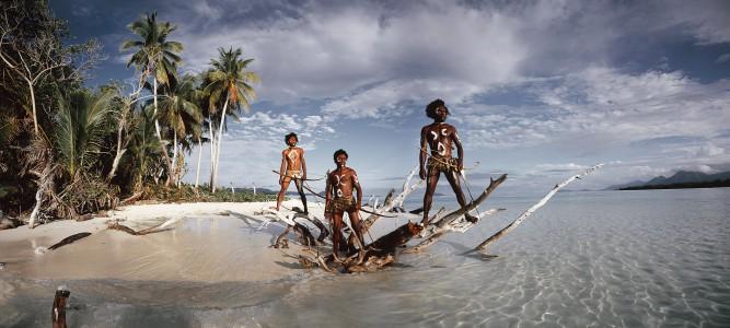XXI 306 - NI Vanuatu Men Rah Lava Island, Torba Province. Vanuatu Islands, 2011 - 140 x 260 cm.jpg