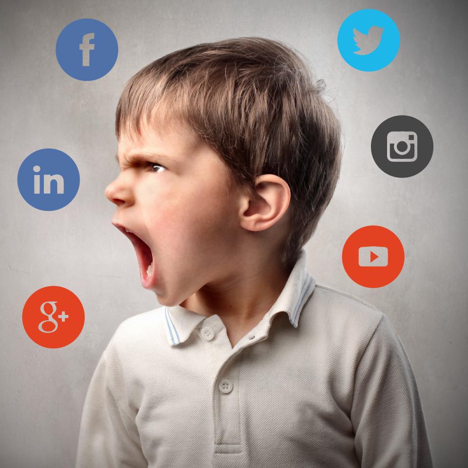 bad-reviews-on-social-media