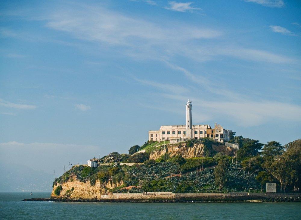 alcatraz-640356_1920.jpg