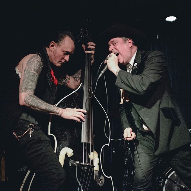 Trash Only and Von Erickson borrowing a feeling at last Saturday's Renal Rockout! Photo by @nortonkjen --- #memphismorticians #rockabilly #psychobilly #punkrock #livemusic #garagerock #garagepunk #trash #horror #western #uprightbass #greaser