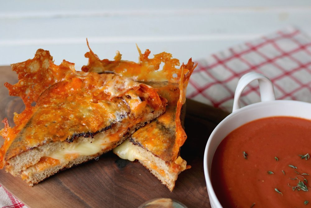 The cheesiest, crispiest grilled cheese ever