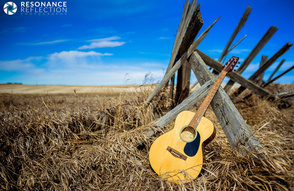 Acoustic Guitar In The Prairies