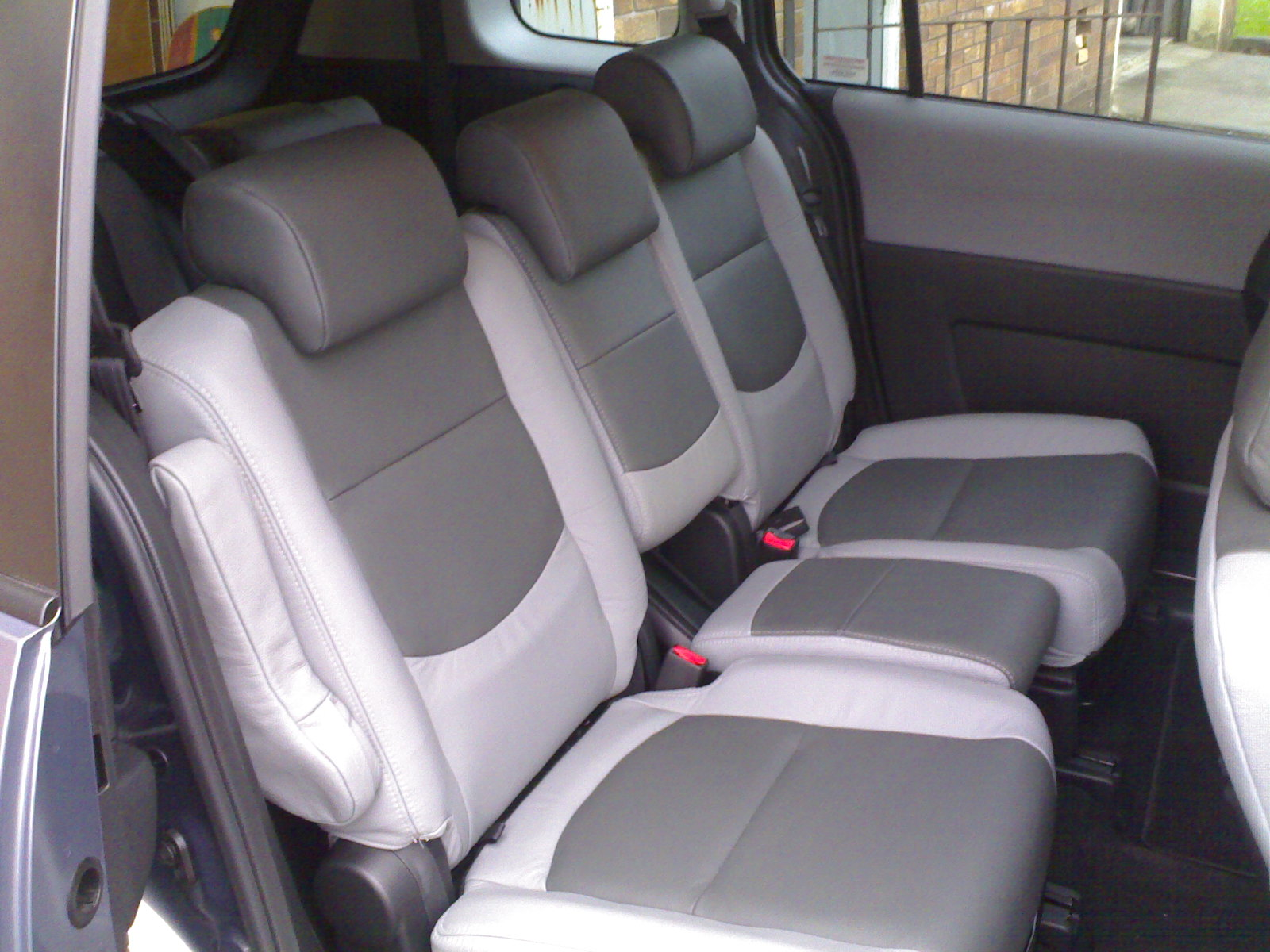 Mazda 5 Gw Silver Lady Car Interiors