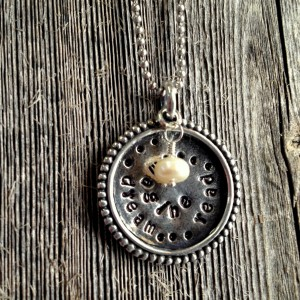 Pewter-Circle-Read-Dream-Imagine-1-300x300