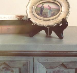 nightstand-300x283