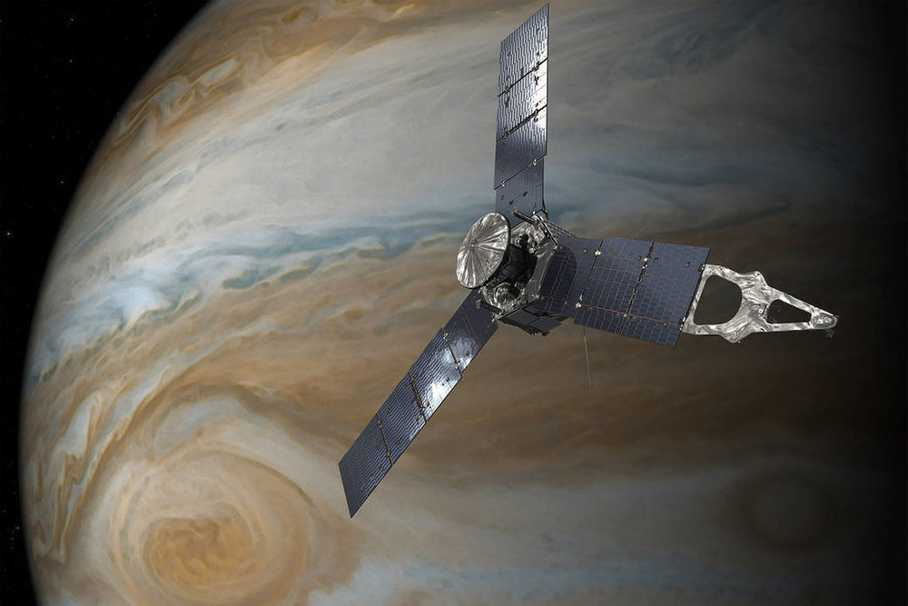 Jupiter w red spot.jpg