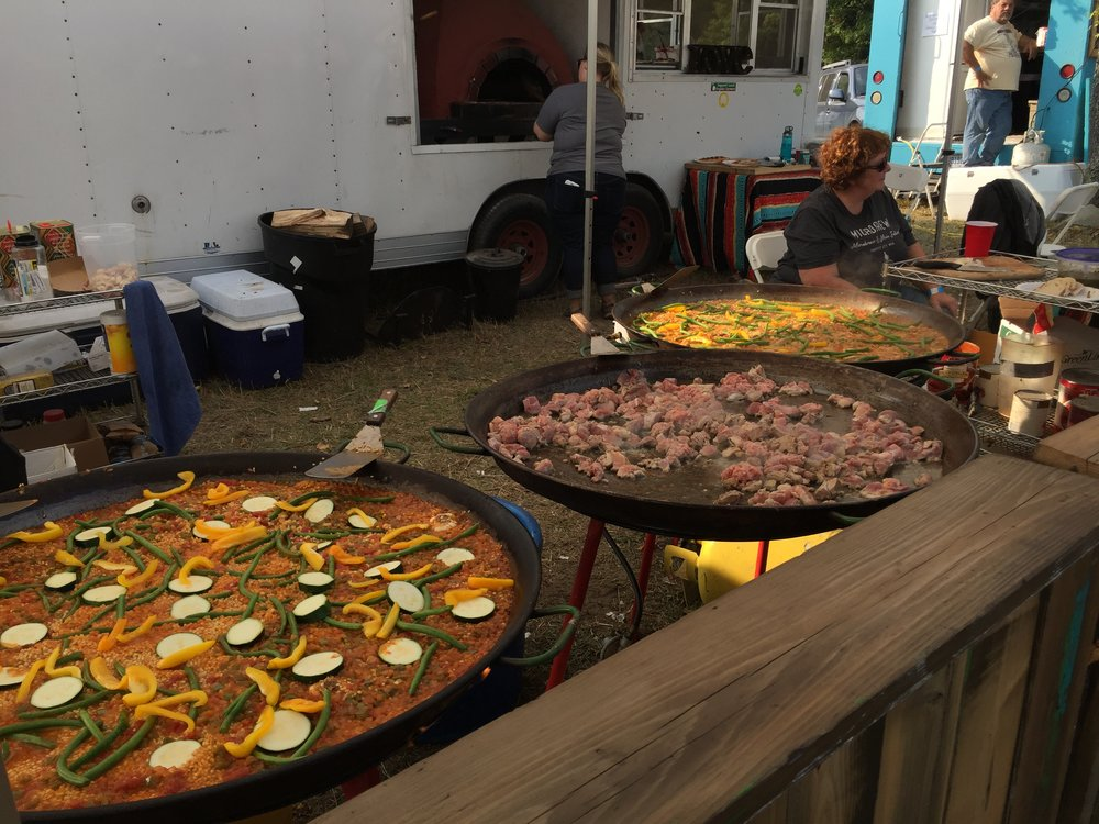 Get the paella before it is gone.