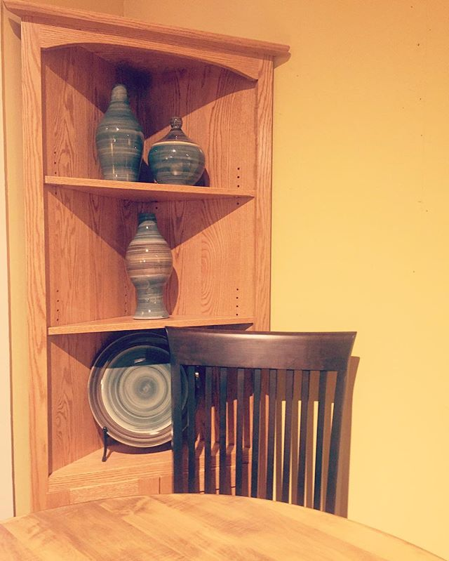 "David Carradina once said, ""If you cannot be a poet, be the poem."" If you can't be the poem be the corner shelf.  #cornershelf #homedecoration #mnsmallbusiness #mnshopping # #furniturelove #pottery #woodgrain #amish #madeinamerica #madeinusa🇺🇸 #homesweethome #stillwatermn #stillwaterartisanal #homeinspiration #furnituredesign #shelves #shophandmade #shoplocal"