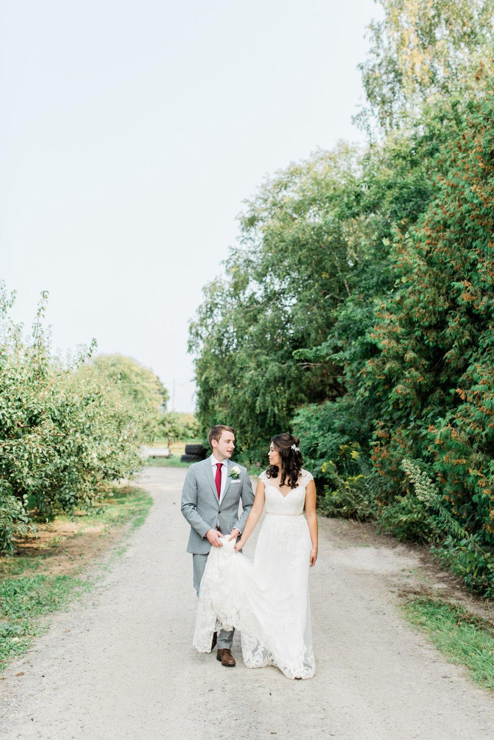 Honsberger Estate Wedding, Niagara Wedding Photographer
