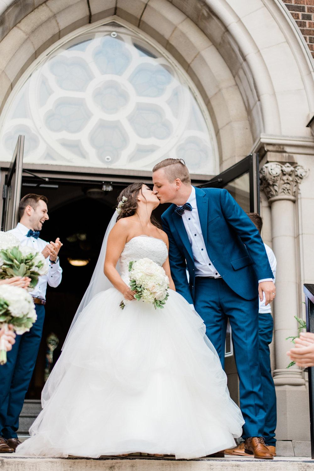 Lakeview Wedding, Hamilton Wedding Photographer