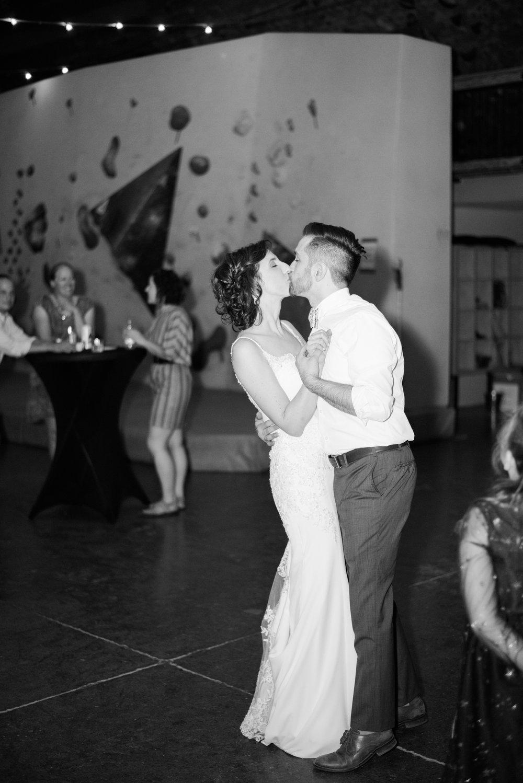 Meghan & Ben - Hamilton Gage Park Wedding -29.jpg
