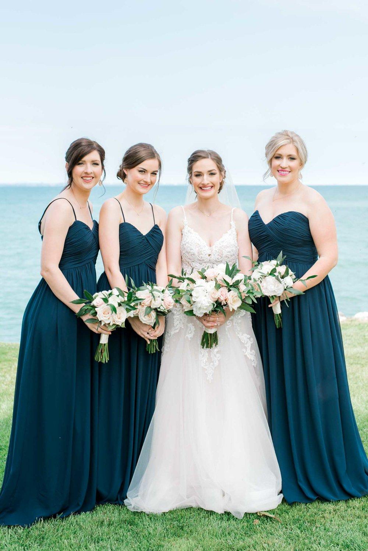 Edgewater Manor Wedding - Hamilton Wedding Photography - Justine & Mark-26.jpg