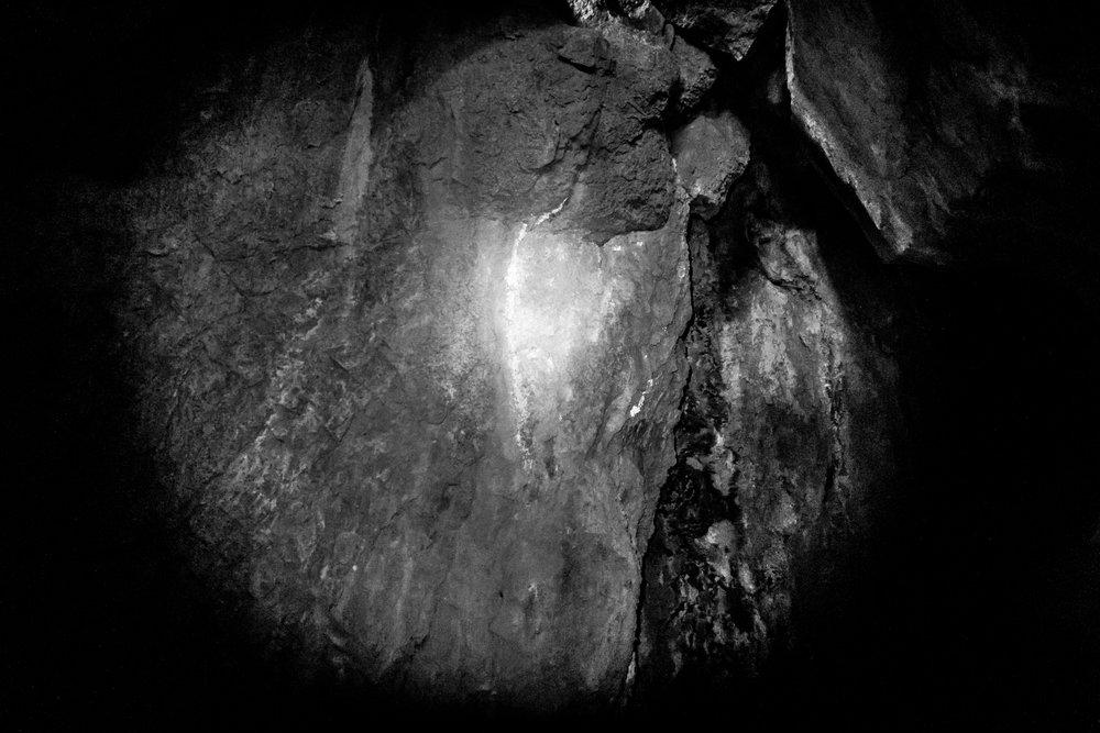 5-21-17 Bat Shaft black and white-12.jpg