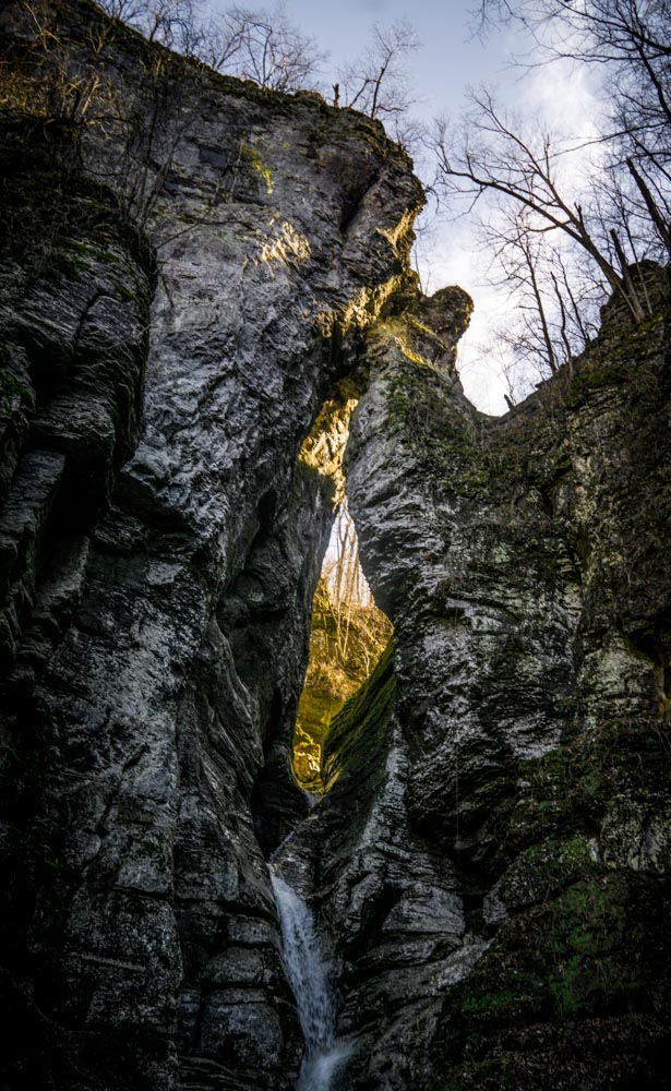 toddeclark-nature-adventure-outdoors-hike-wanderlust-beautiful-naturelovers-view-outdoor-neverstopexploring-climbing-wilderness-optoutside-keepitwild-oklahomahiker-waterfalls-arkansas-dayhike-eyeoftheneedle-ponca-38.jpg