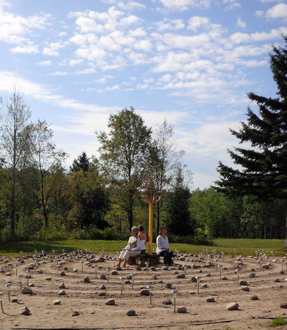 In the centre of the Peace Labyrinth there is a bench for meditation and a copper sculpture that represents our planet to remind us that inner peace of an individual has a far reaching riple effect.