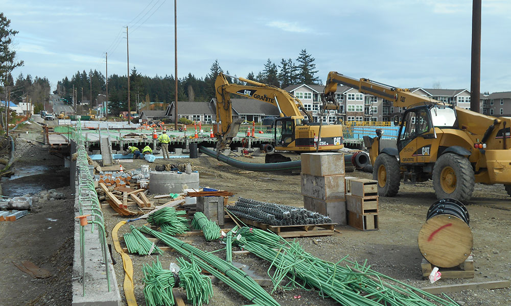 BUCKLIN HILL BRIDGE CONSTRUCTION , Kitsap, Washington  Owner/Client : Kitsap County  Services : Construction Management