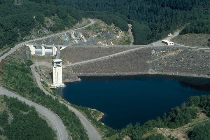 HOWARD A. HANSON DAM DRAINAGE TUNNE L, Ravensdale, Washington  Owner : US Army Corps of Engineers  Client : Graham/Malcolm JV  Services : Environmental Management Services