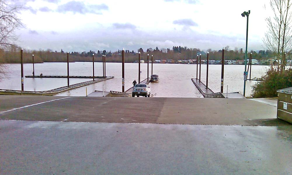 WILLAMETTE PARK BOAT RAMP REPAIR , Portland, Oregon  Owner/Client : City of Portland  Services : Civil and Structural Engineering, Environmental Permitting