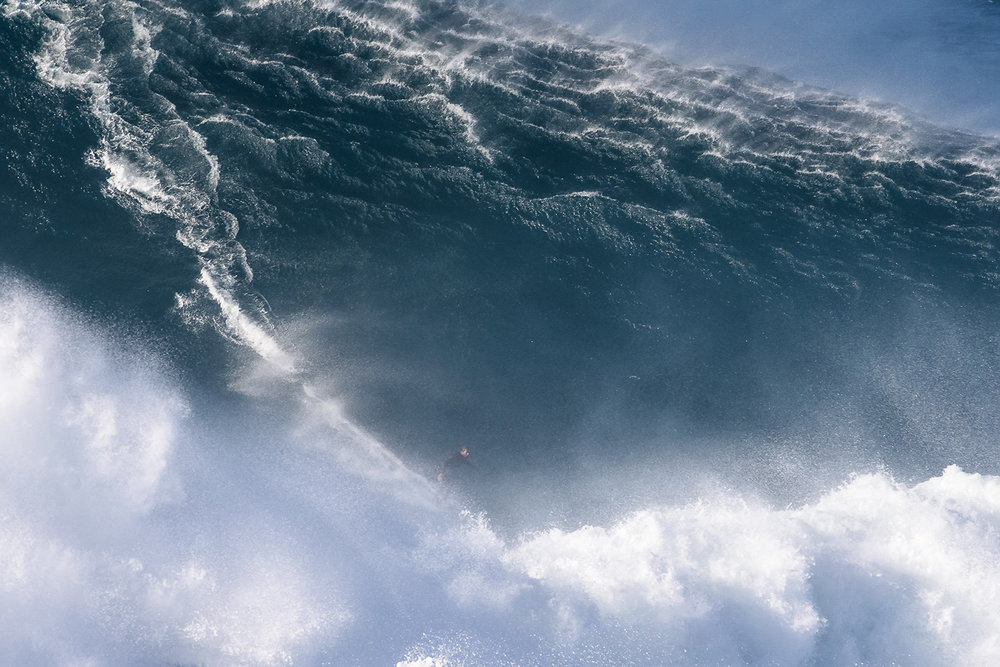 Hugo Vau at Nazaré by Correia 2
