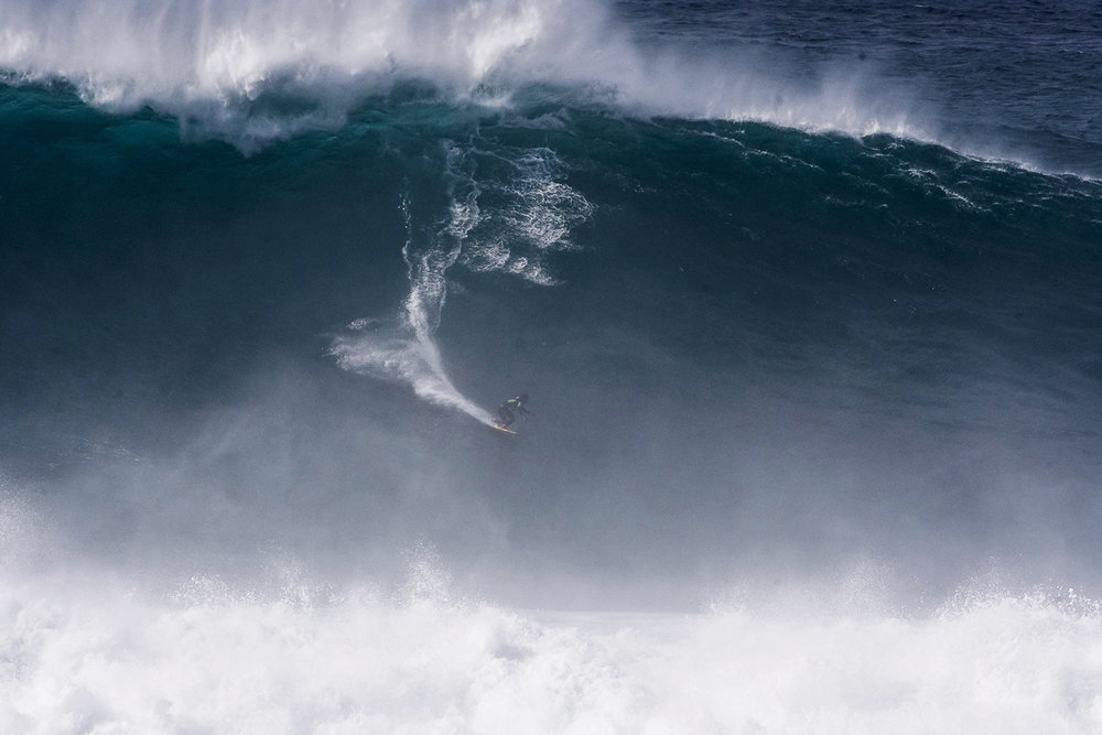 Lucas Chianca at Nazaré by Correia B