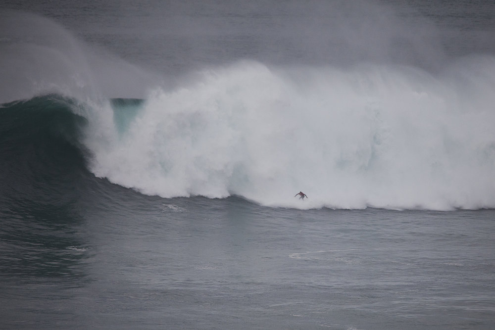 Jamie Mitchell at Nazaré B3 by Wake