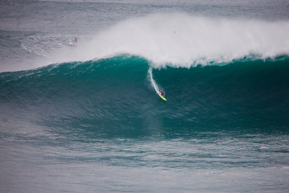 Jamie Mitchell at Nazaré B1 by Wake.