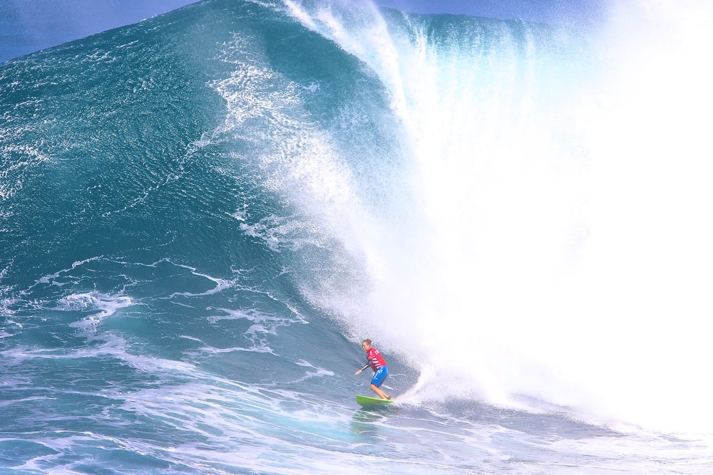 Paige Alms at Jaws by Dooma