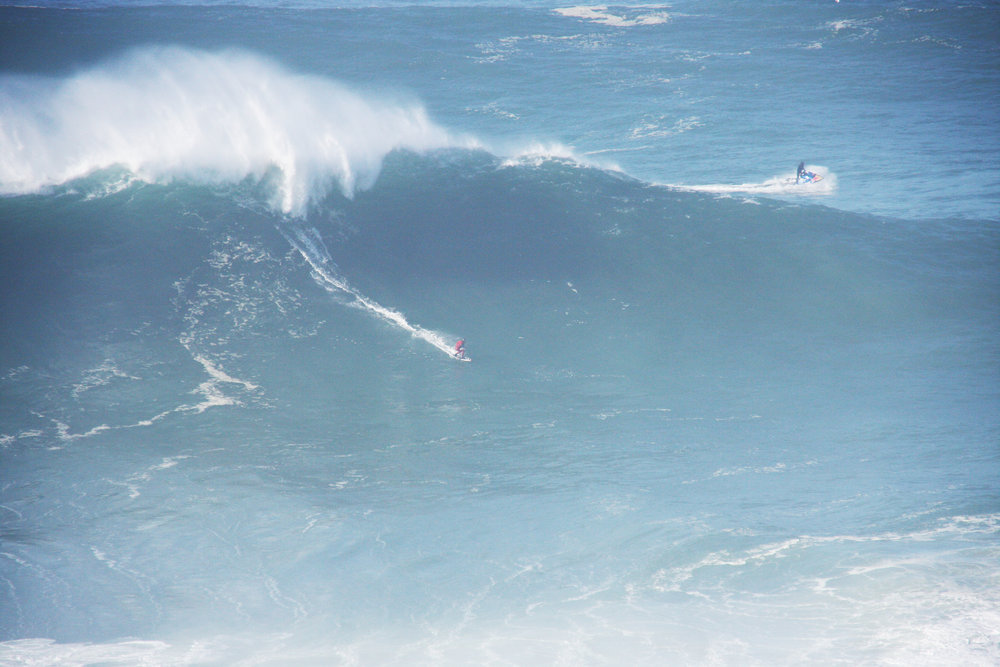 Marcelo Luna at Nazaré 1 by Santos
