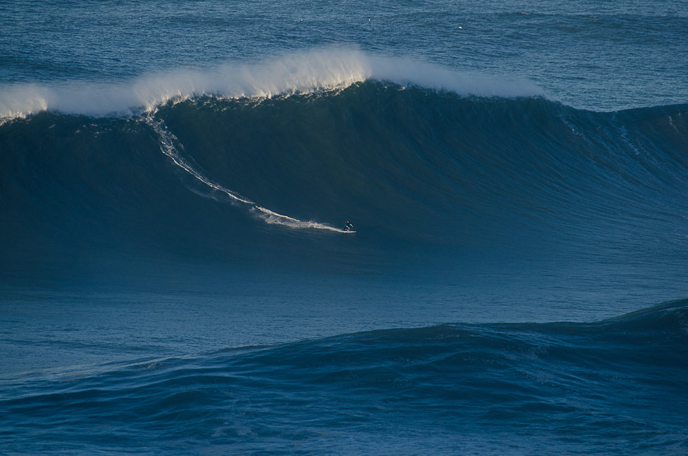 Andrew Cotton at Nazaré by Figueira
