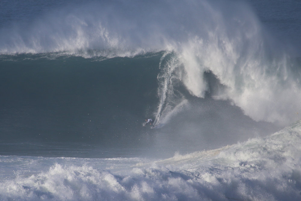 Trevor Carlson at Nazaré by Botelho