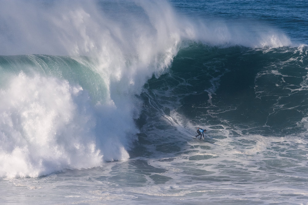 Cristian Merello at Nazaré by Correia