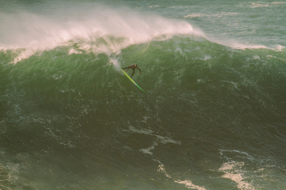 Jamie Mitchell  at Nazaré by Cruz