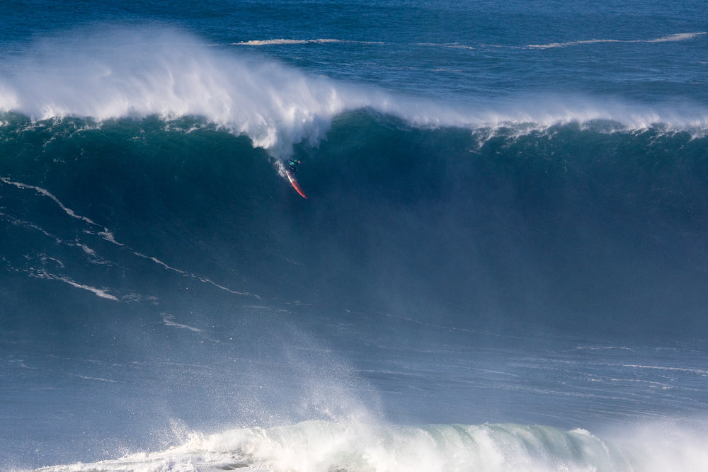 Tom Butler at Nazaré by Soares