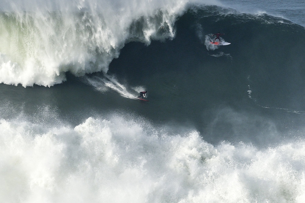 Lucas Chianca at Nazaré 5 by Carminati