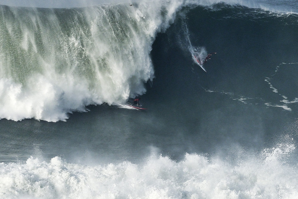 Lucas Chianca at Nazaré 6 by Carminati