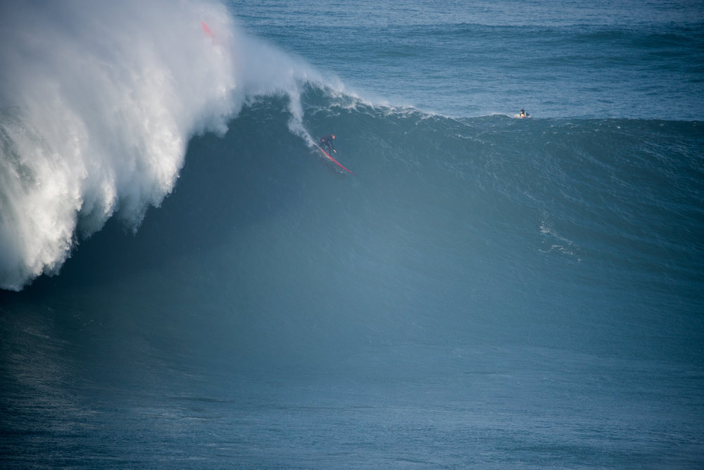 Zac Haynes at Nazaré by Miranda