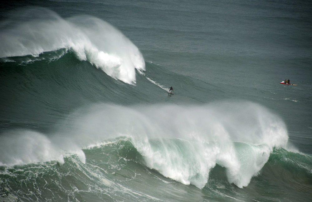 Justine Dupont at Nazaré by Riancho