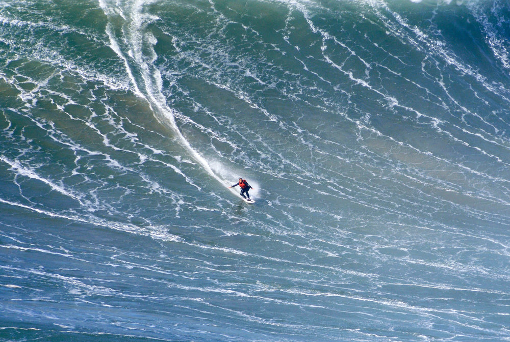 Nuno Santos at Nazaré 2 by Riancho