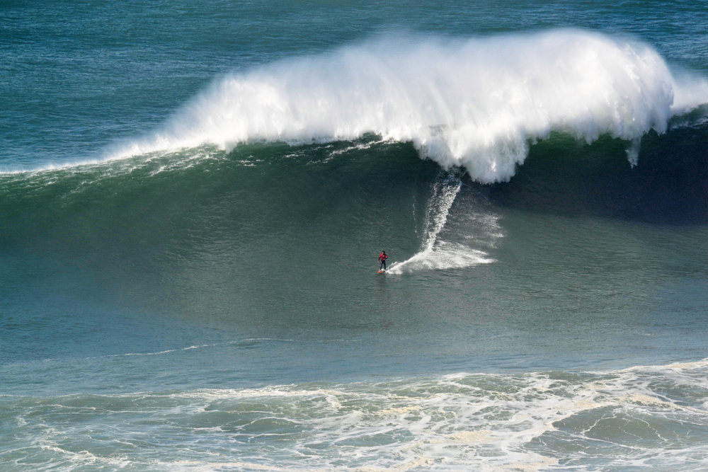 Rafael Tapia at Nazaré by Ricardo