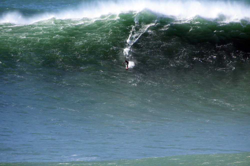 Mick Corbett at Nazaré A by Riancho