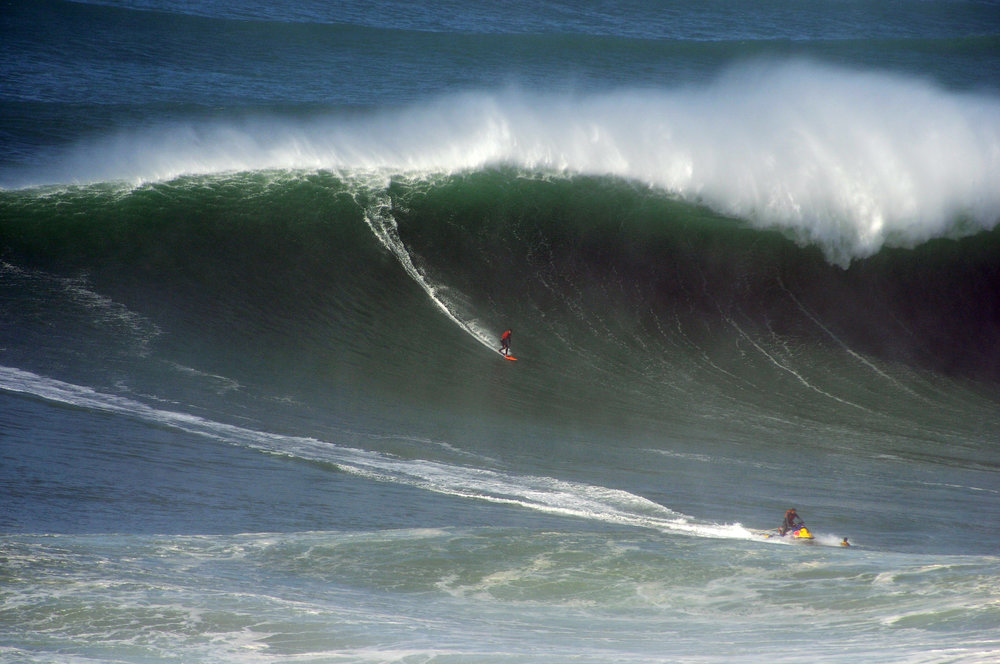 Rafael Tapia at Nazaré by Riancho