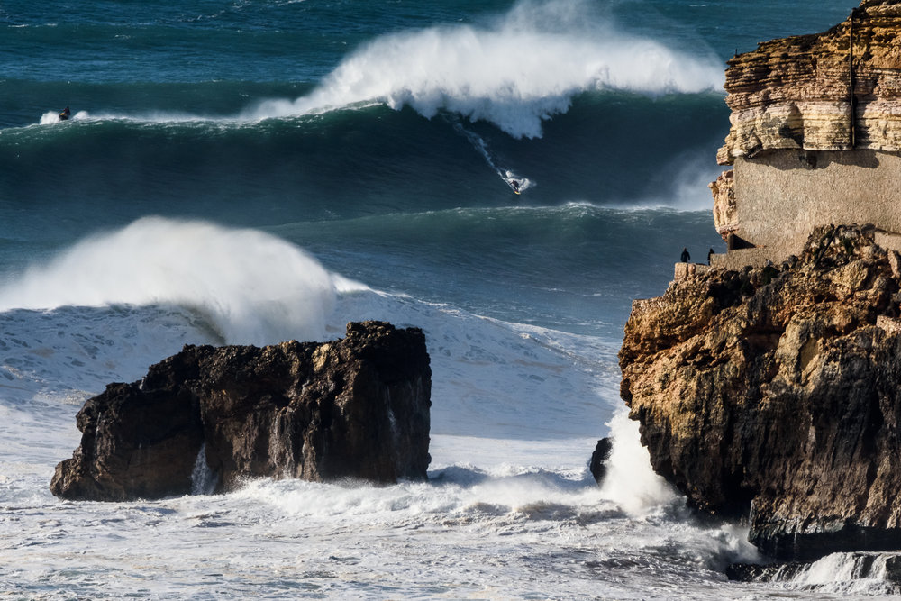 Ross Clarke-Jones at Nazaré by Correia