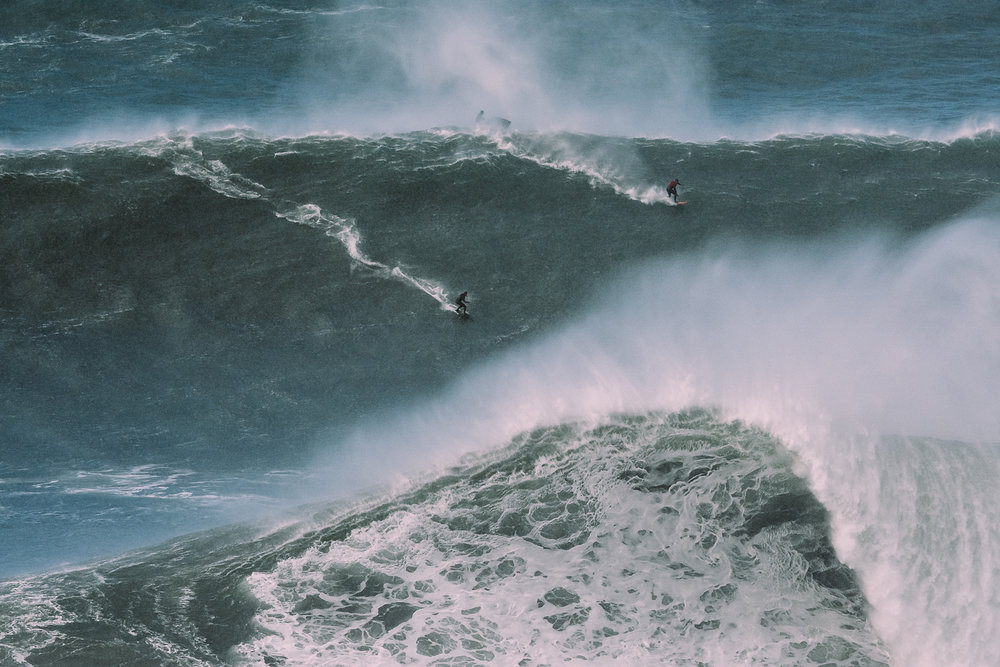 Steudtner and Tapia at Nazaré by Correia
