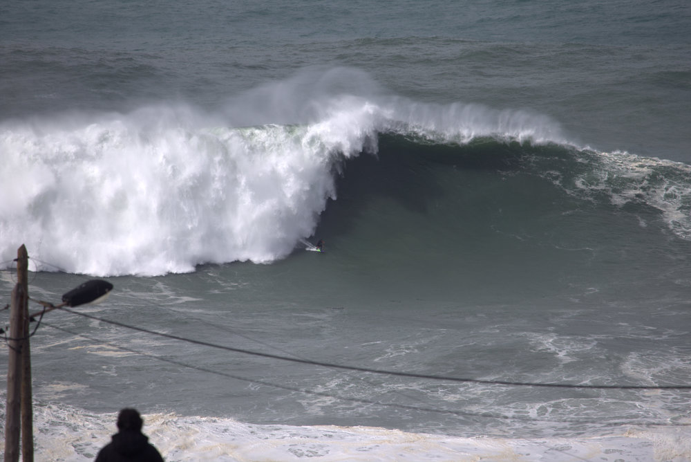 Pedro Scooby at Nazaré by Botelho