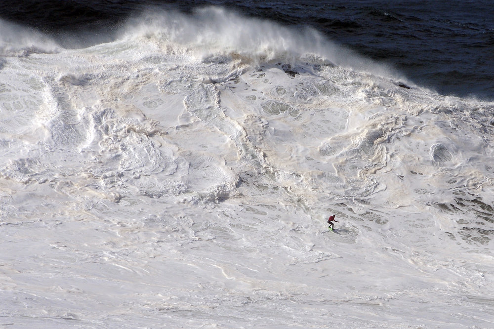 Lucas Chianca at Nazaré 3 by Riancho