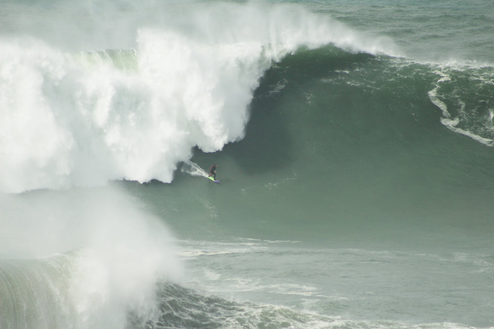 Pedro Scooby at Nazaré by Elias